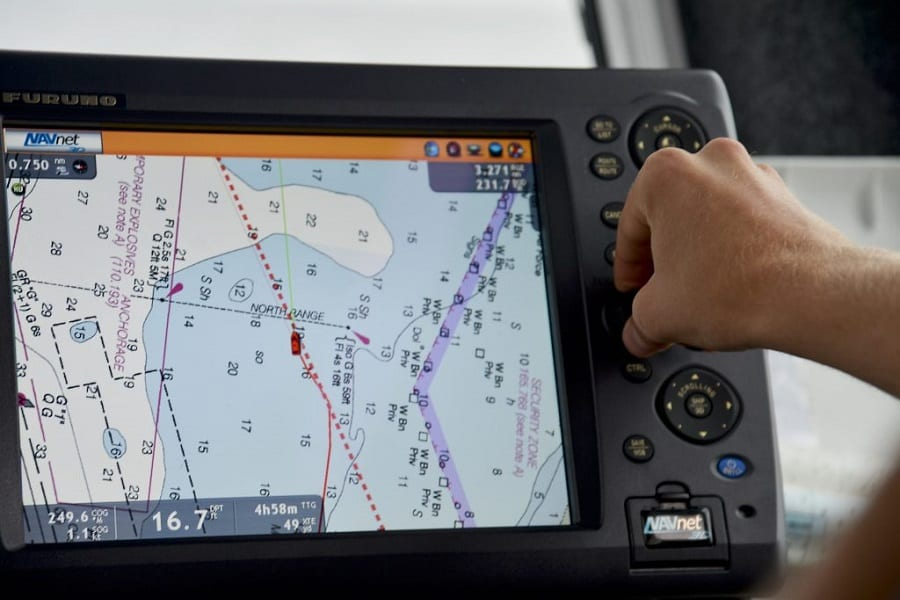 Best Marine GPS: Both For Fishing And Navigation