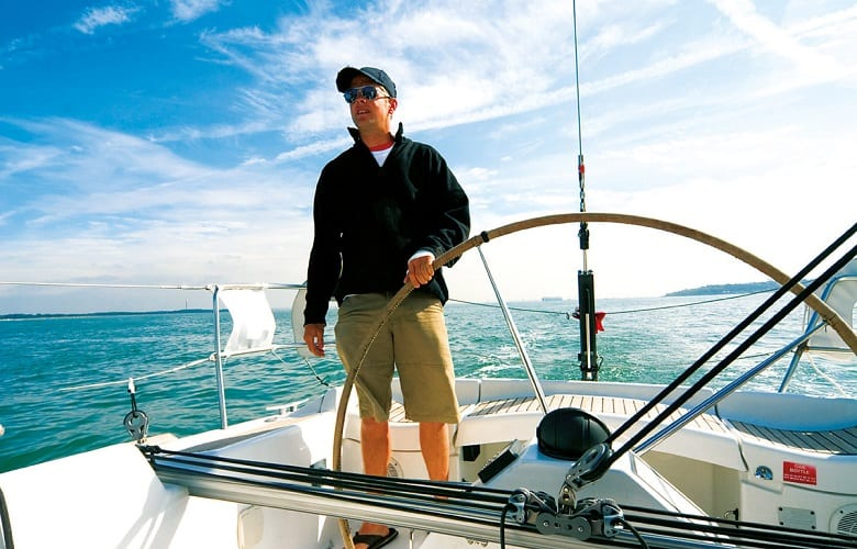 Things To Consider When Subscribing To The Best Navigation Apps For Boats